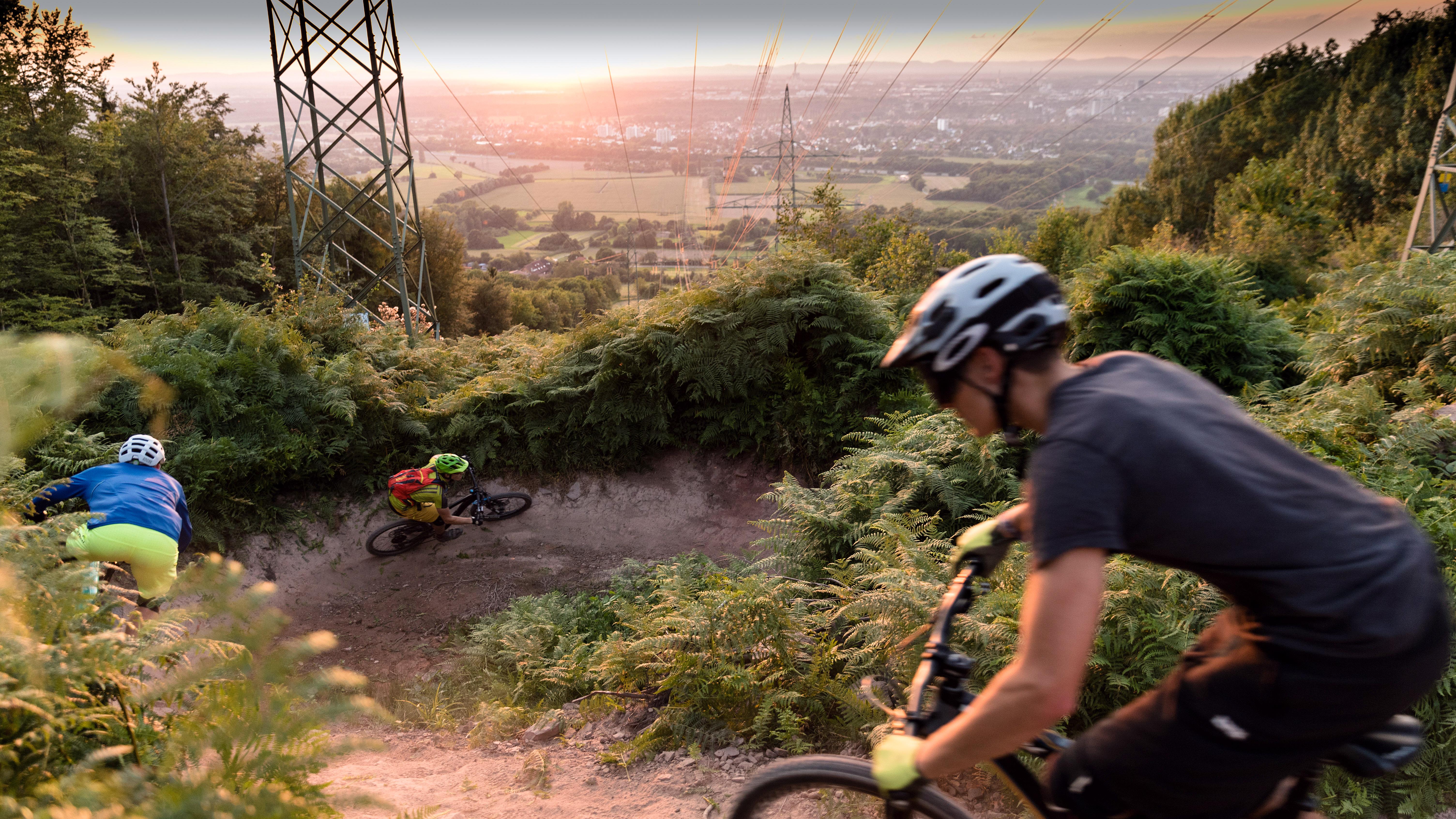 Strommasten-Downhill